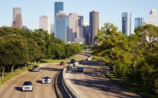 How To Go About Booking A Houston Cheap Car Rental Deal?